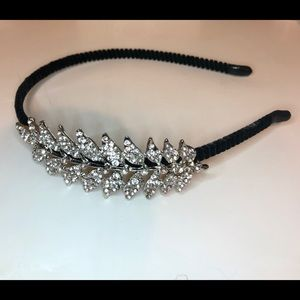 Headband with sparkle details